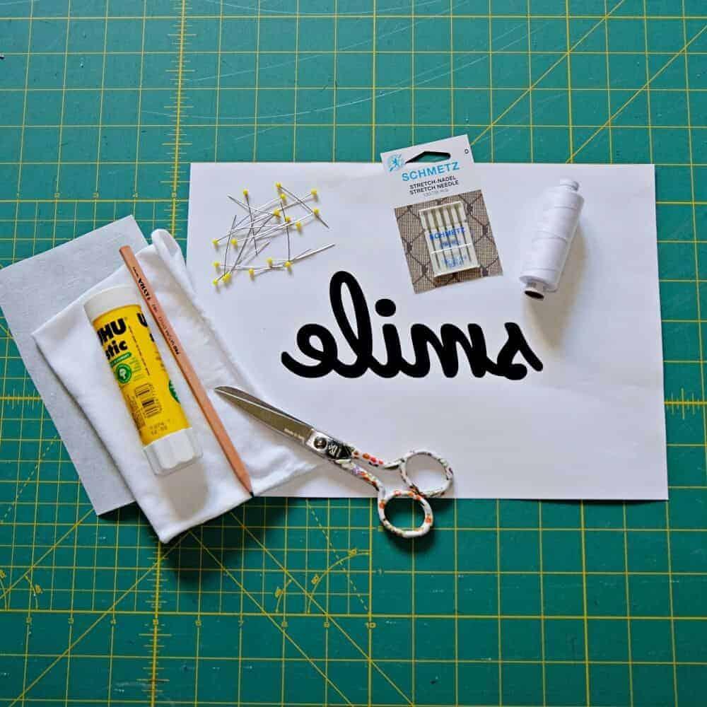 Buchstaben applizieren Material