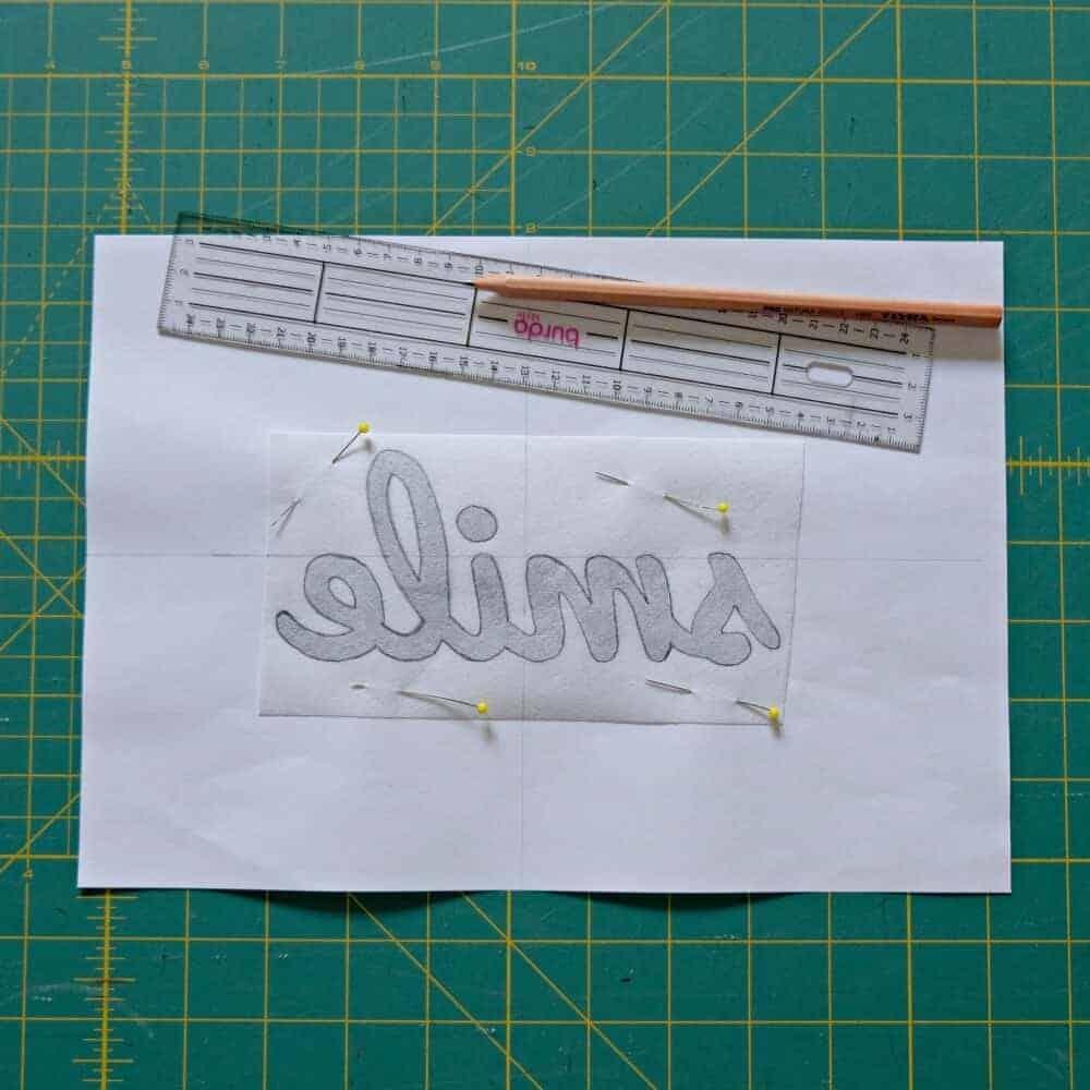 Buchstaben applizieren vorzeichnen