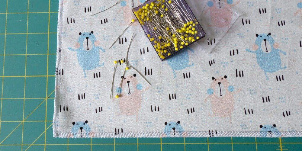schwedisches Babynest Matratzenbezug versäubern