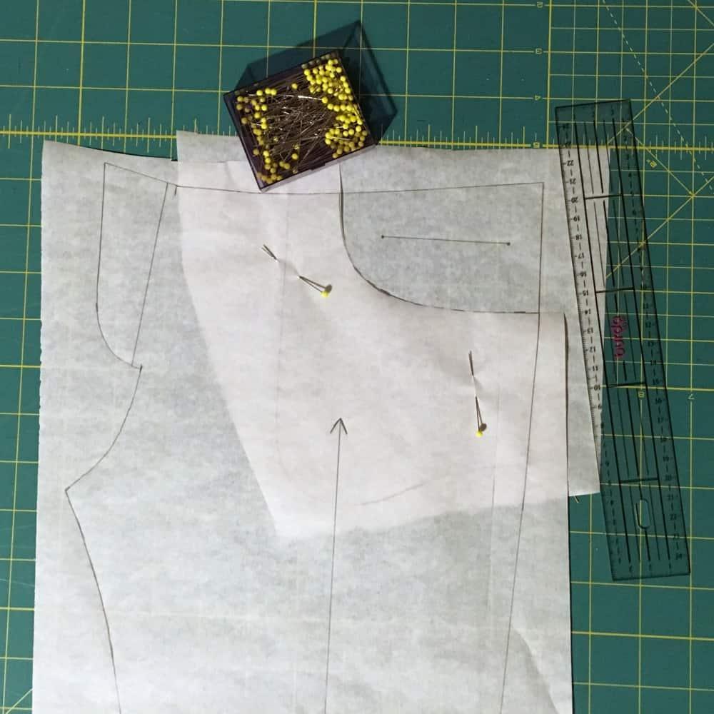 Hose und Tasche zusammenstecken