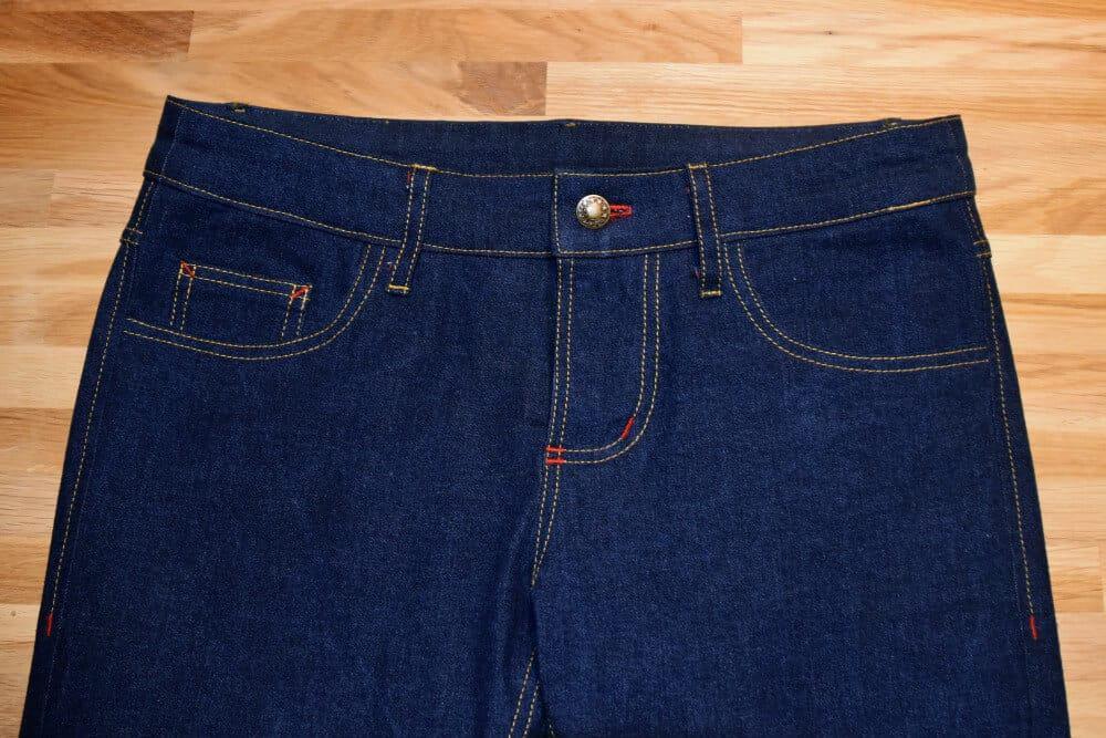 Ziernähte selber nähen an einer Jeans