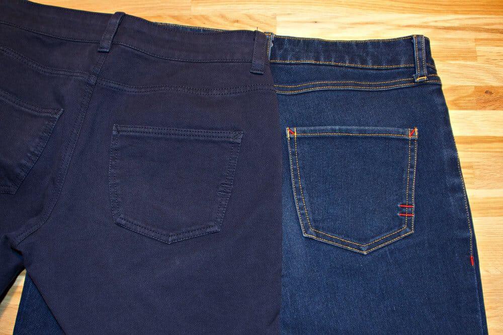 Gesäßtaschen von hinten bei genähten Jeans mit der Nähmaschine