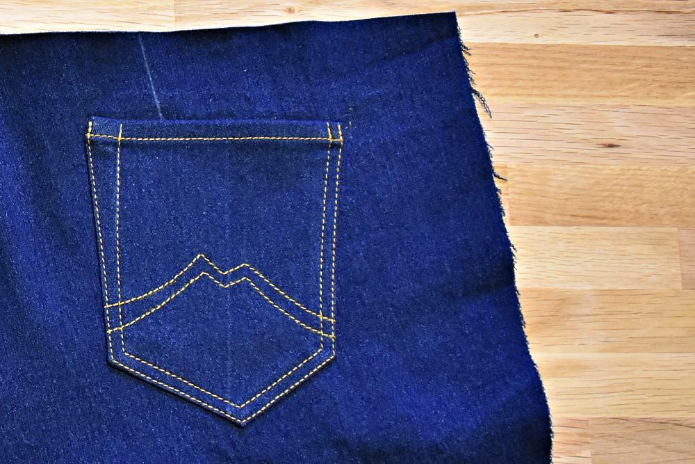 gesteppte Gesäßtasche einer Jeans