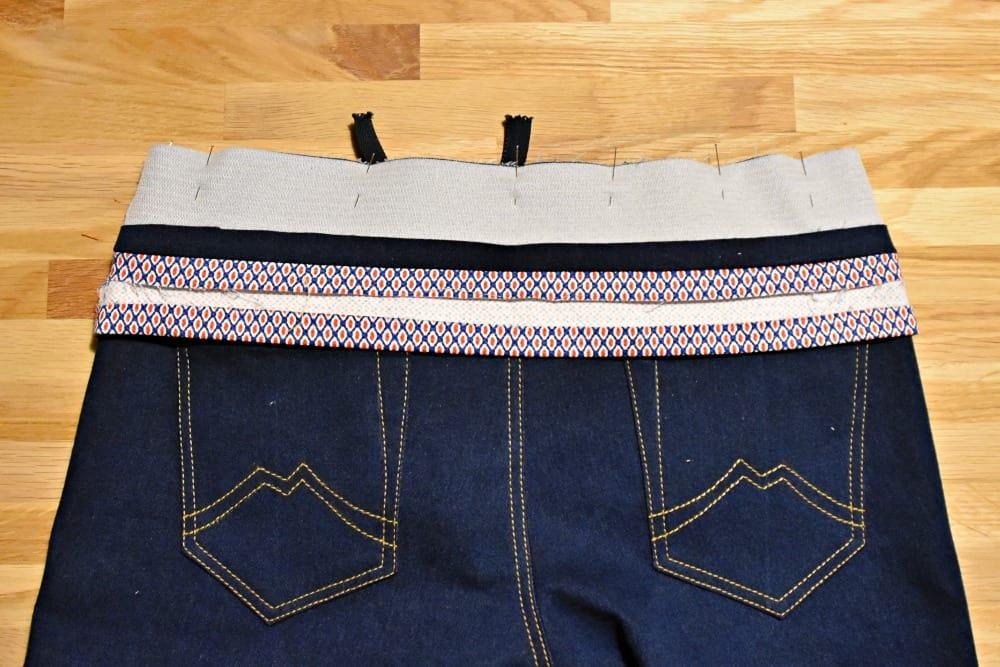 Hosenbund auf Hose stecken