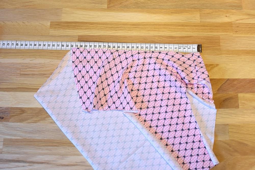 Länge des Beinausschnittes messen Damenslip für Wäschegummi