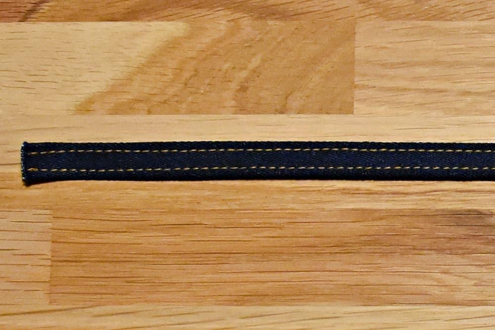 Gürtelschlaufen von der rechten Seite steppen