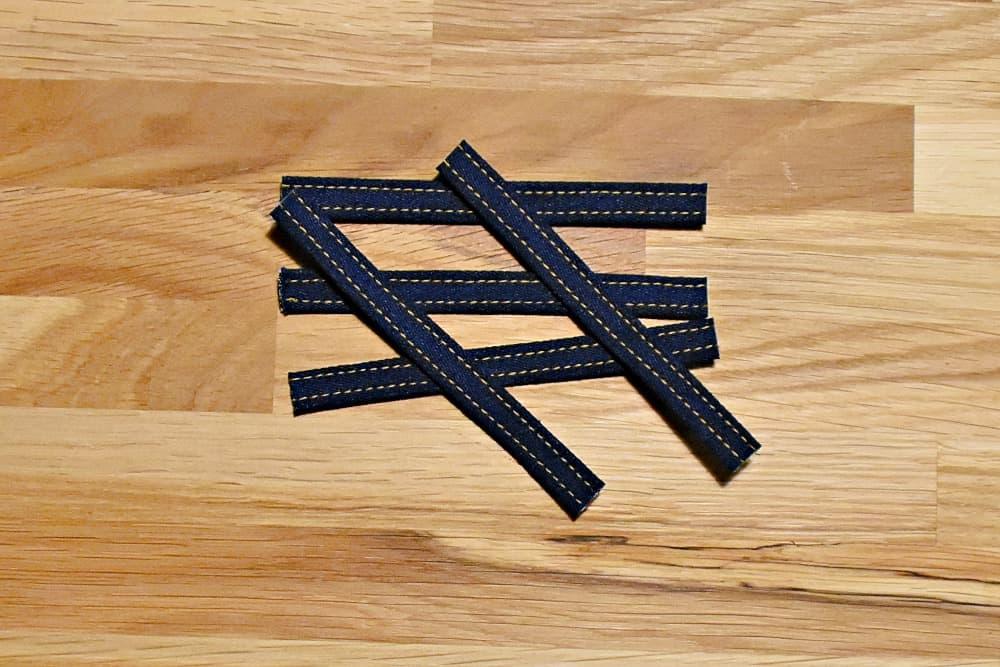 Streifen für Gürtelschlaufen auf die richtige Länge schneiden