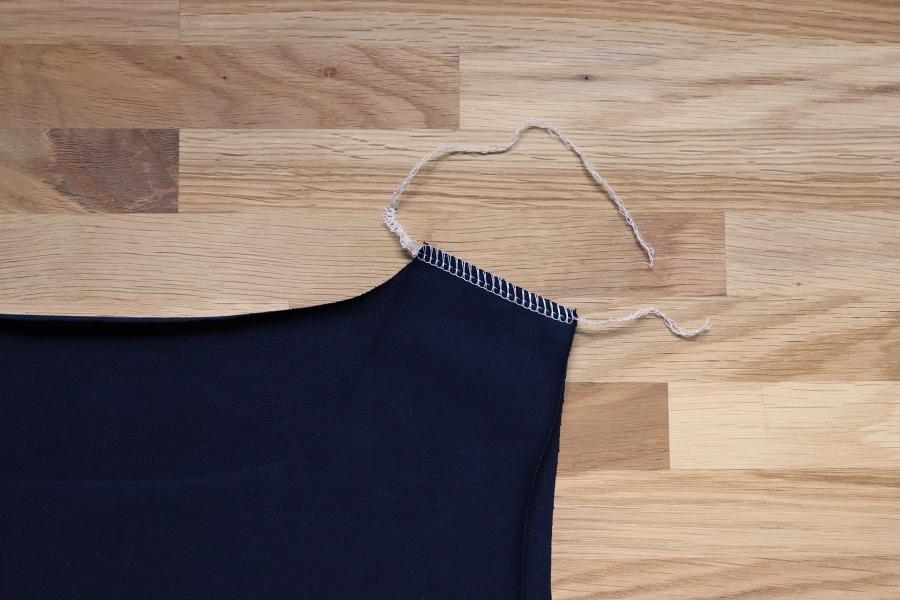 Genähte Schulternaht T-Shirt