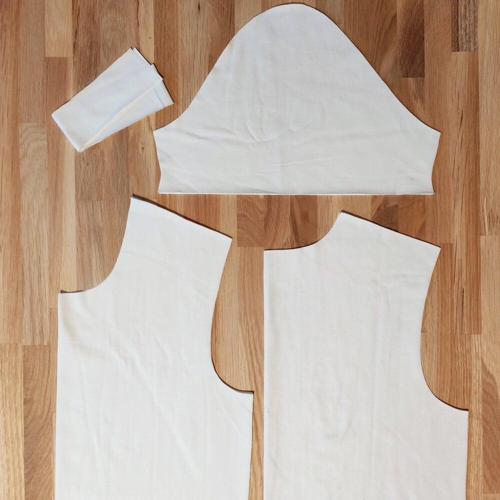 Zuschneiden des T-Shirts