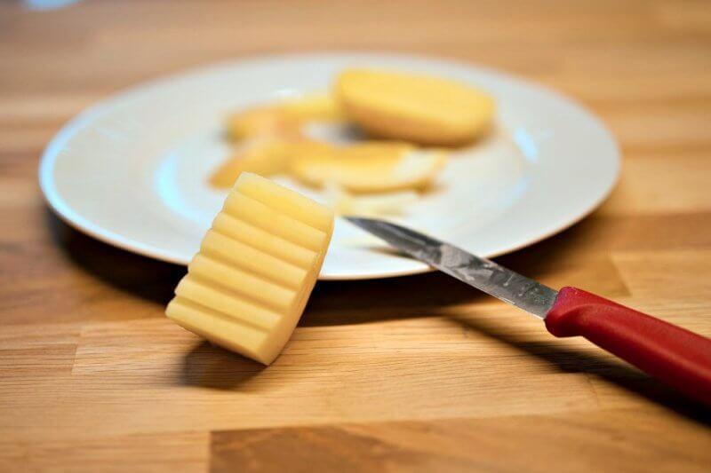 Muster für Kartoffeldruck schneiden