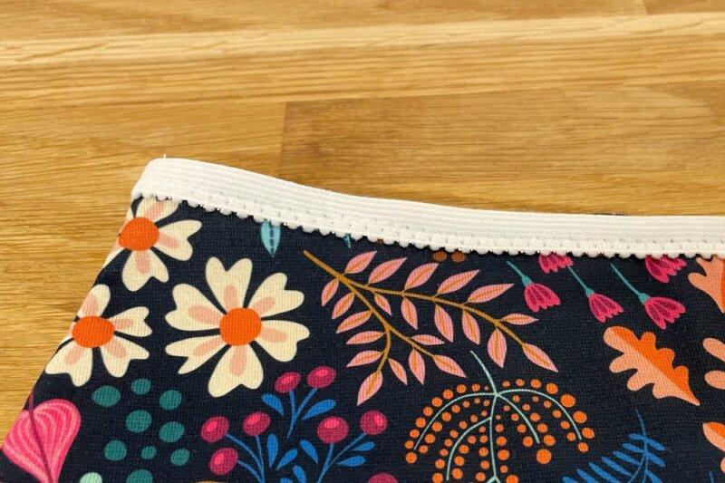 Zickzackstich verwenden um ein Wäschegummi aufzunähen
