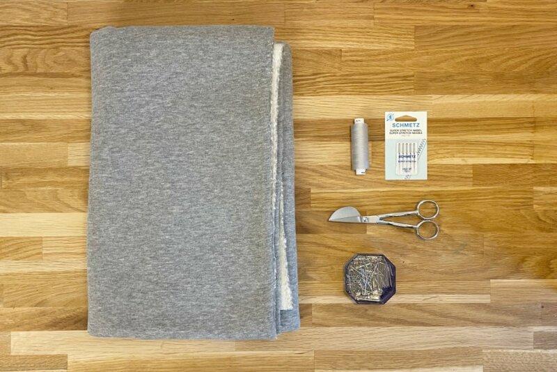 Material für ein einfaches Sweatshirt naehen