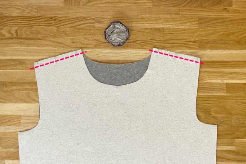 Sweatshirt Schulternähte stecken und nähen